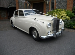 Classic Rolls Royce for weddings in Mitcham